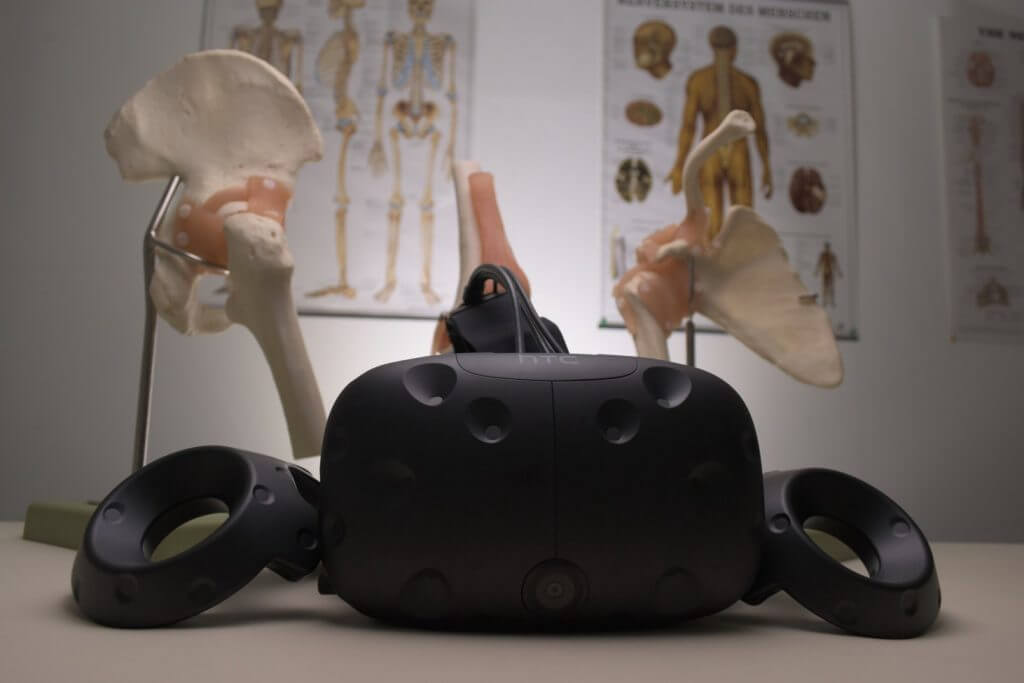virtual reality headset in classroom